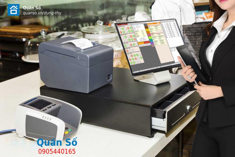 Vì sao nên dùng két đựng tiền cho quầy thu ngân trong nhà hàng – café hiện nay?